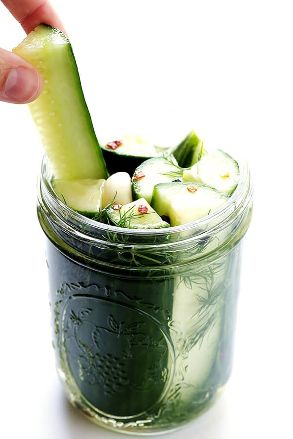 This yummy Refrigerator Pickles recipe is quick and easy to prep, and so healthy and flavorful! | gimmesomeoven.com