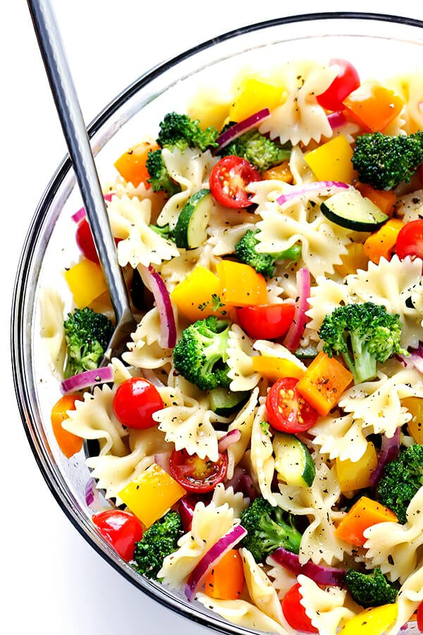 This Veggie Lovers' Pasta Salad is easy to make with whatever veggies you have on hand, it's tossed with a yummy white balsamic vinaigrette, and it's absolutely perfect for a party or picnic or potluck (or any regular weeknight dinner)! | gimmesomeoven.com