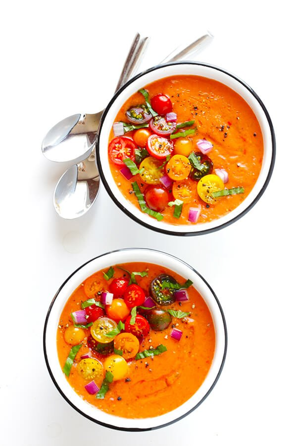 This 10-Minute Gazpacho Recipe is easy to customize with whatever veggies you have on hand, it's easy to make ahead of time, and it's absolutely delicious! | gimmesomeoven.com (Vegetarian / Gluten-Free)