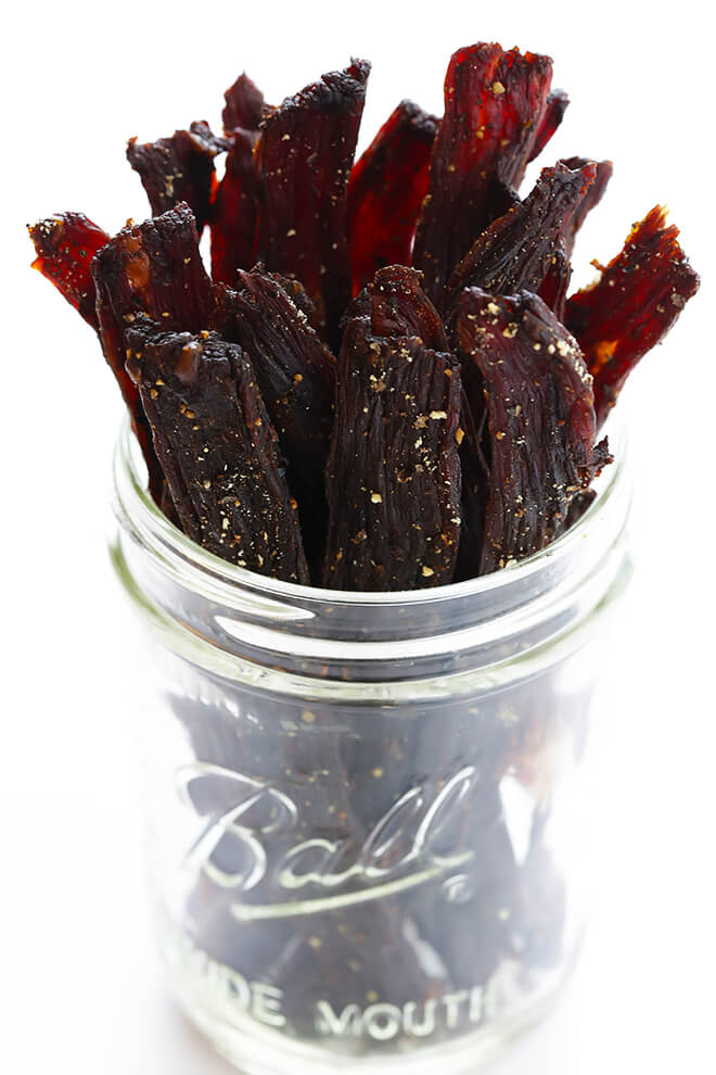 Learn how to make beef jerky with this easy and delicious recipe -- it's my fave! | gimmesomeoven.com