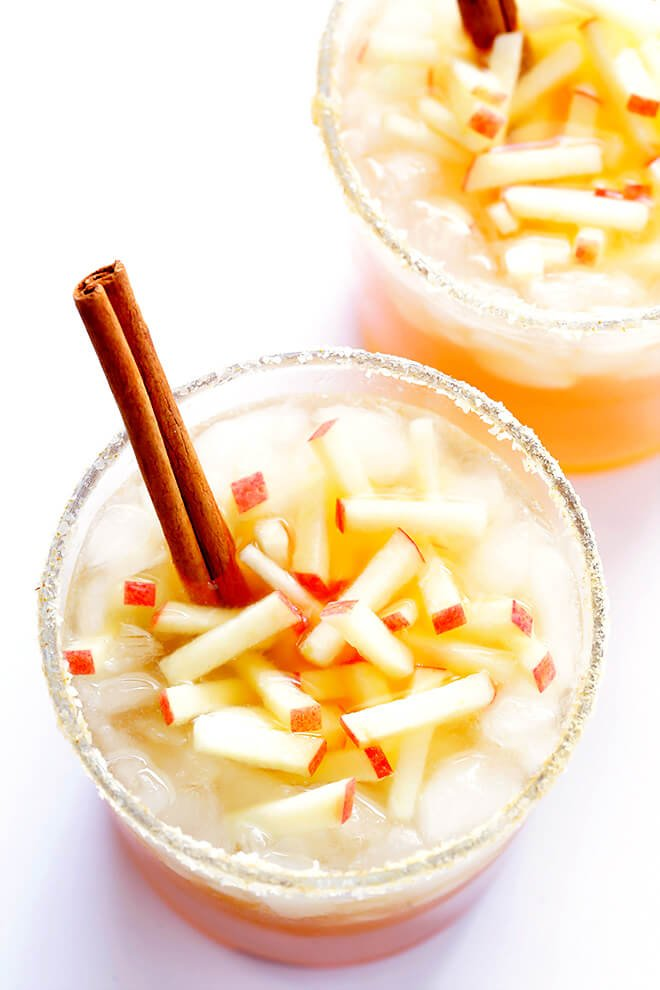 This smoky Apple Cider Mezcal Margarita is made with just 3 easy ingredients, and it is SO delicious and perfect for fall! | gimmesomeoven.com