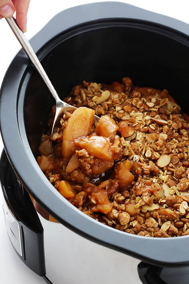 Slow Cooker Apple Crisp -- one of 12 ways to rock your crock-pot this Thanksgiving! | gimmesomeoven.com