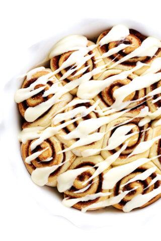 1 Hour Easy Cinnamon Rolls Recipe
