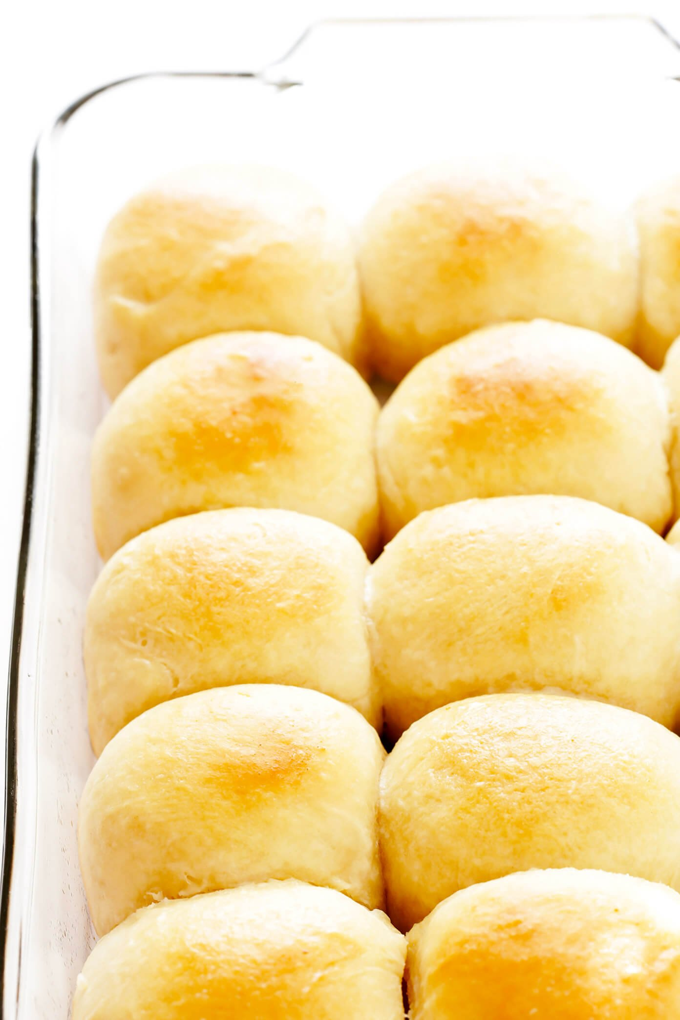 1 Hour Soft And Buttery Dinner Rolls Gimme Some Oven