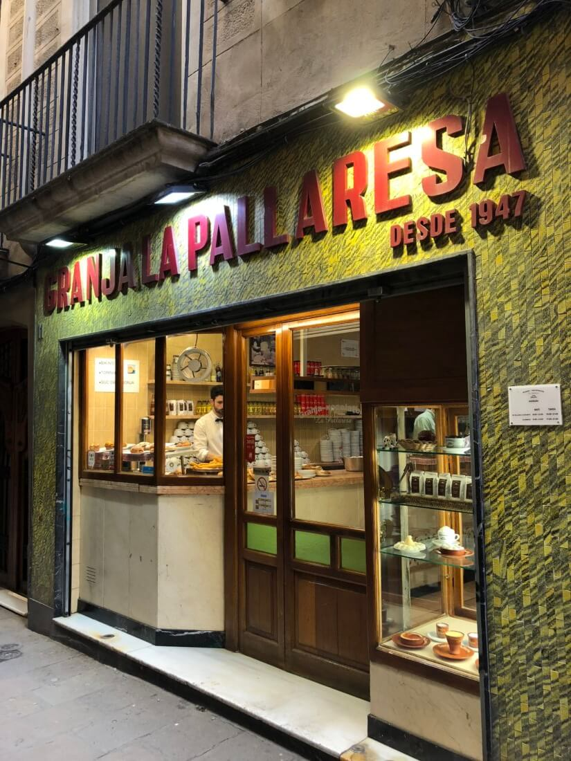 Granja La Pallaresa - churros and chocolate | Gimme Some Barcelona Travel Guide