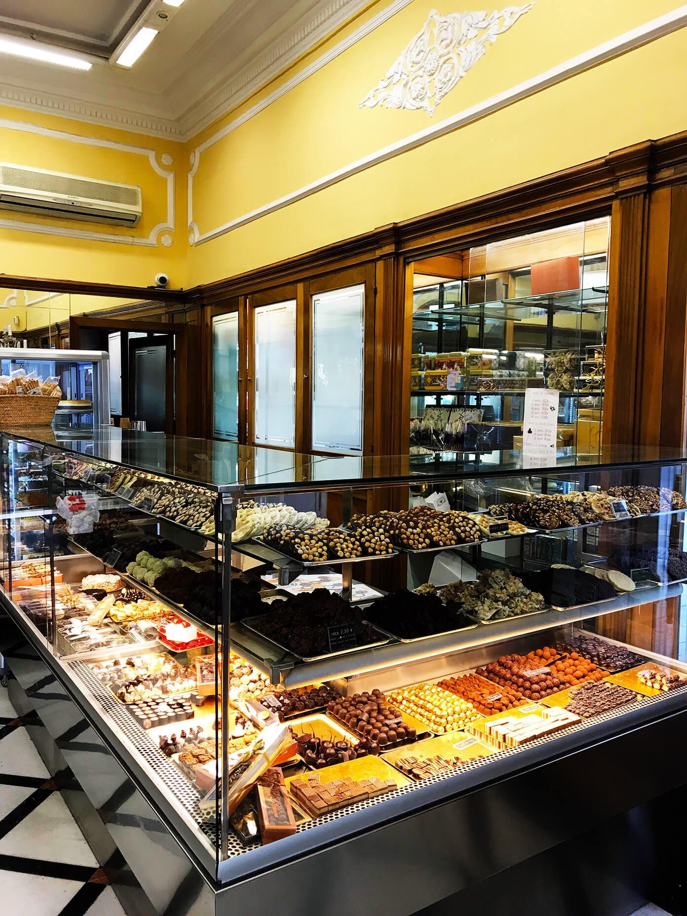 La Colmena - classic sweet shop | Gimme Some Barcelona Travel Guide