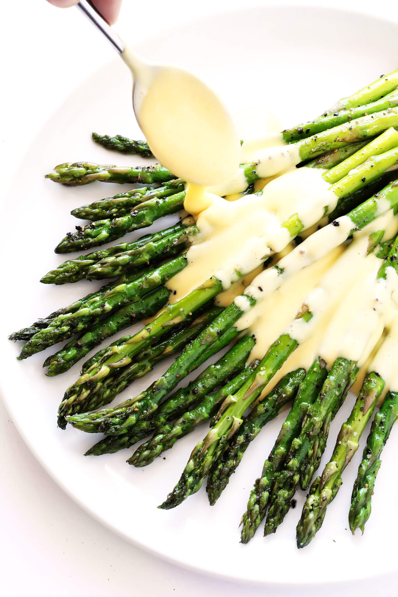 My favorite way to make hollandaise sauce -- in a blender! So easy, so quick, and so delicious.   gimmesomeoven.com