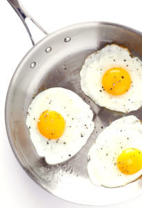 how to make the best over easy eggs