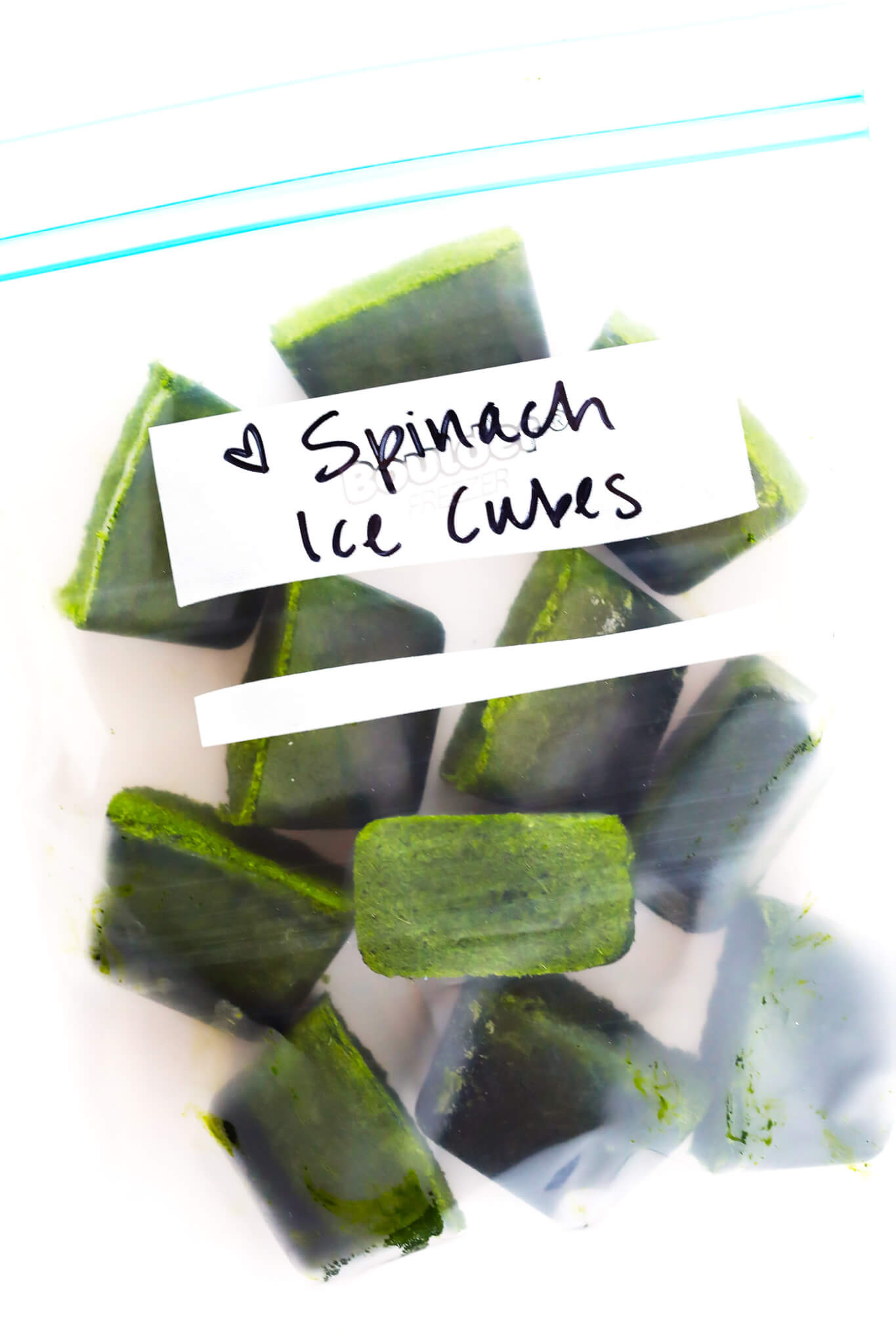 Learn to make Frozen Spinach Cubes for green smoothies with this quick and easy recipe! It's the perfect use for leftover spinach, or any other favorite smoothie greens. | gimmesomeoven.com