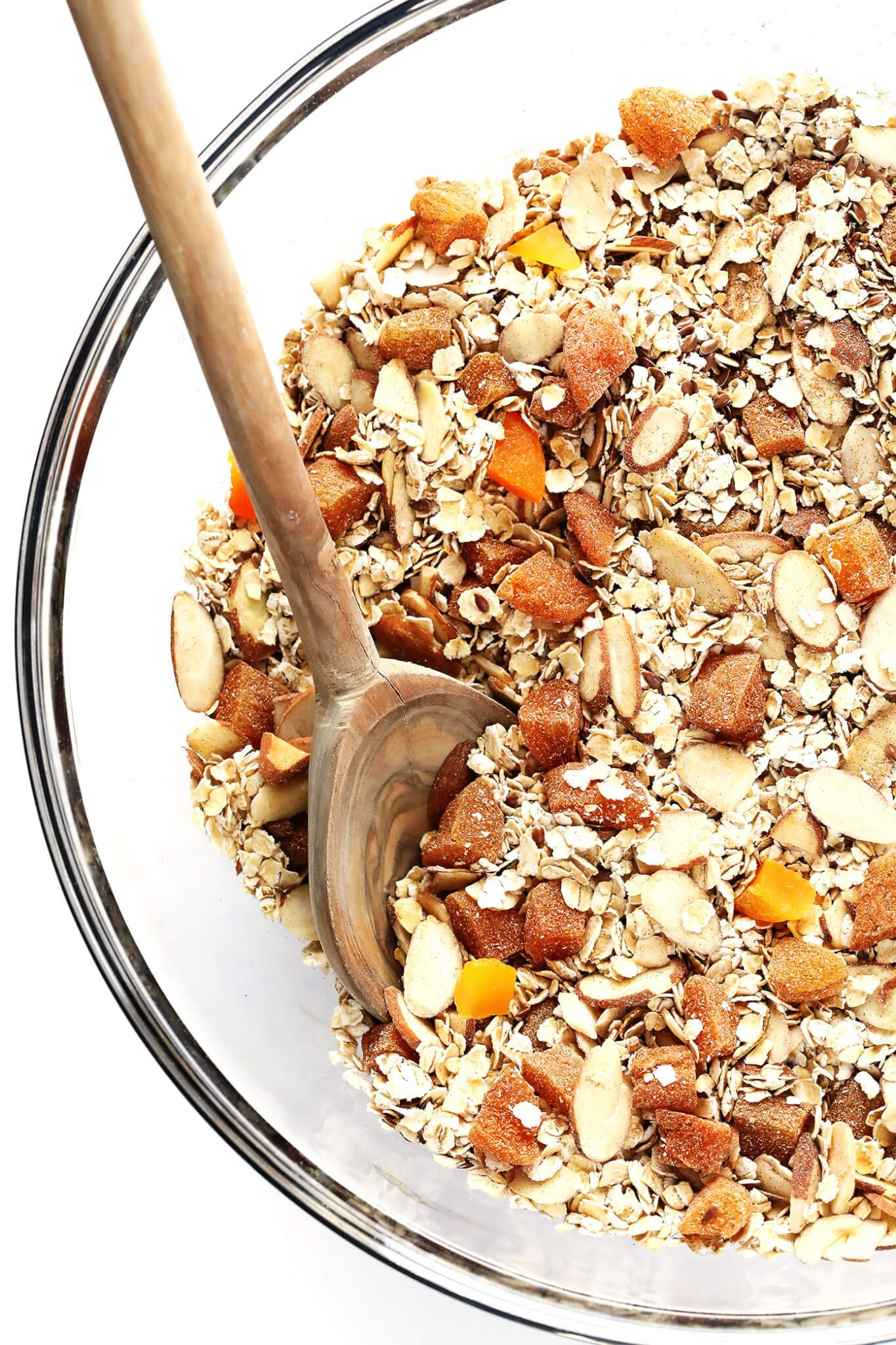 This delicious 5-Minute Instant Oatmeal Mix is full of feel-good ingredients, it's easy to make, and makes the perfect flavorful breakfast you can feel good about! This recipe uses dried apricots (or any fruit), almonds (or any nuts), oats, cinnamon, and flaxseeds. So simple! | gimmesomeoven.com