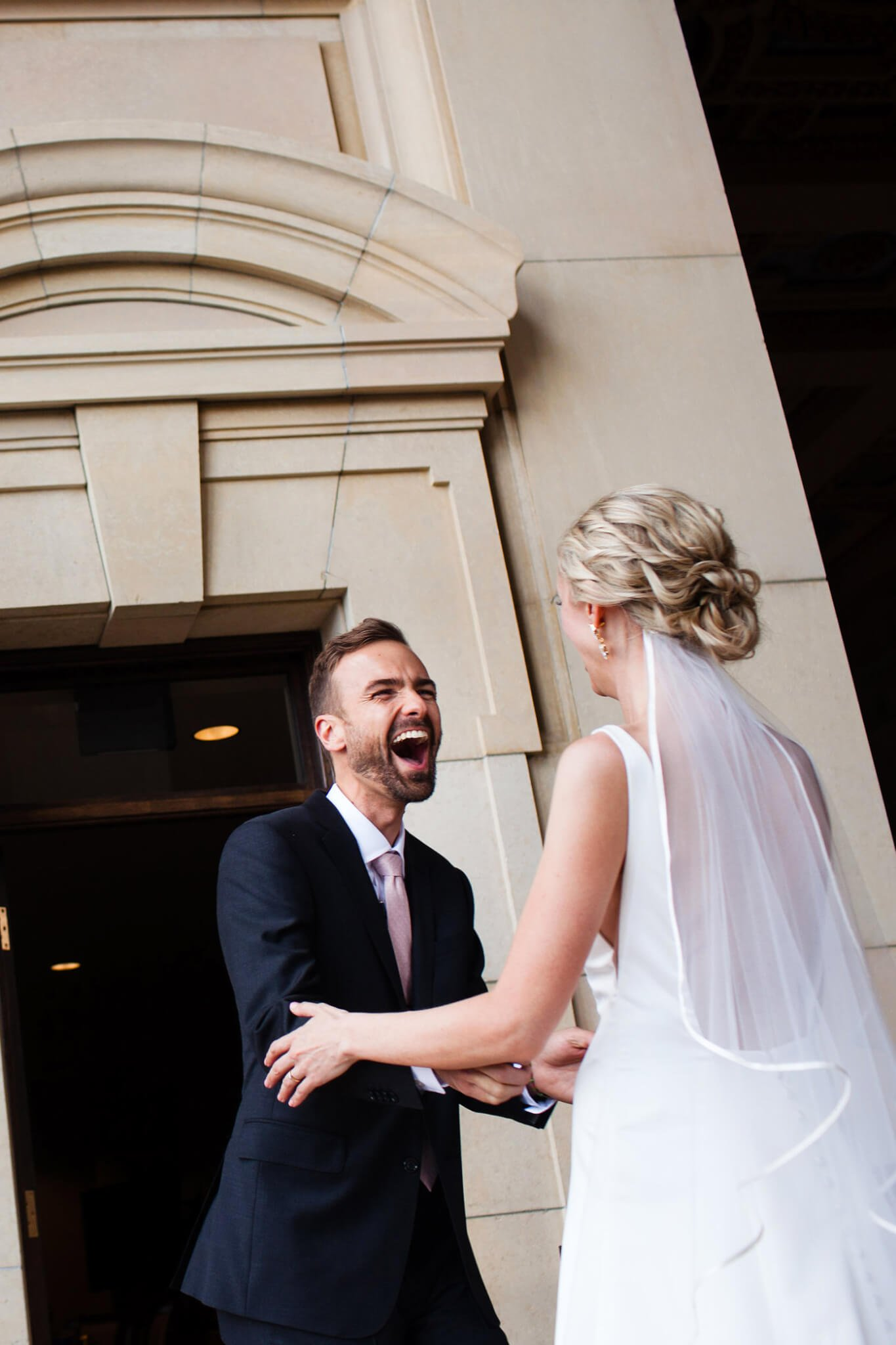 32 Wedding Day Tips From Married People