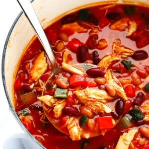 20-Minute Chipotle Chicken Chili