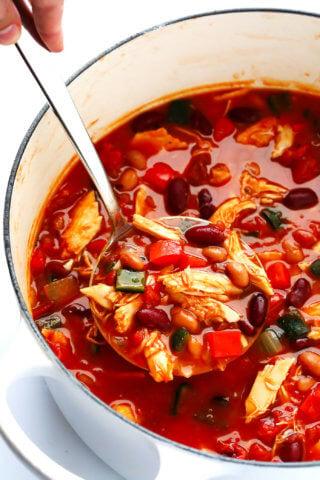 20-Minute Chipotle Chicken Chili