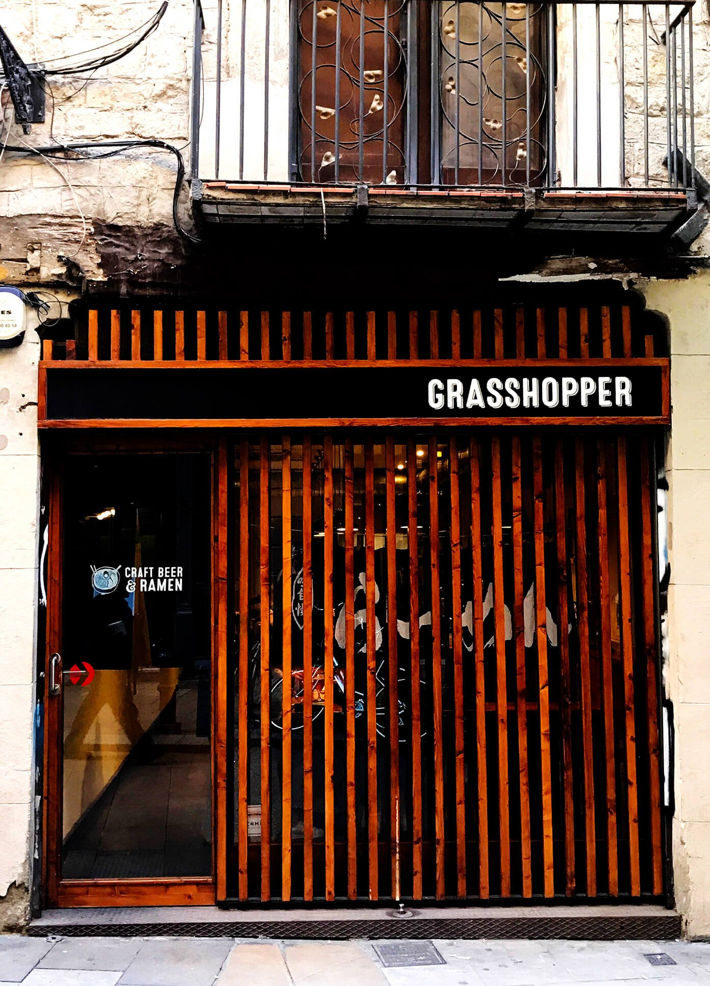 Grasshopper ramen bar | Gimme Some Barcelona Travel Guide