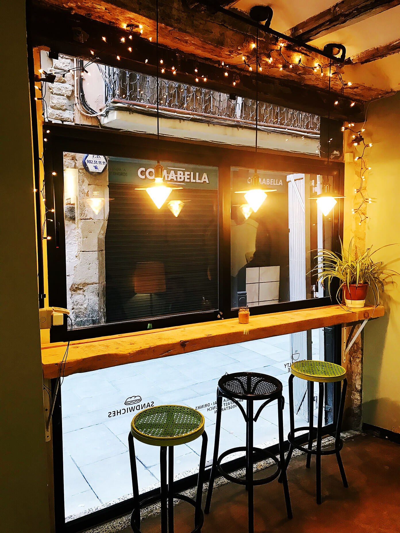 La Masala - our favorite coffee shop in town | Gimme Some Barcelona Travel Guide