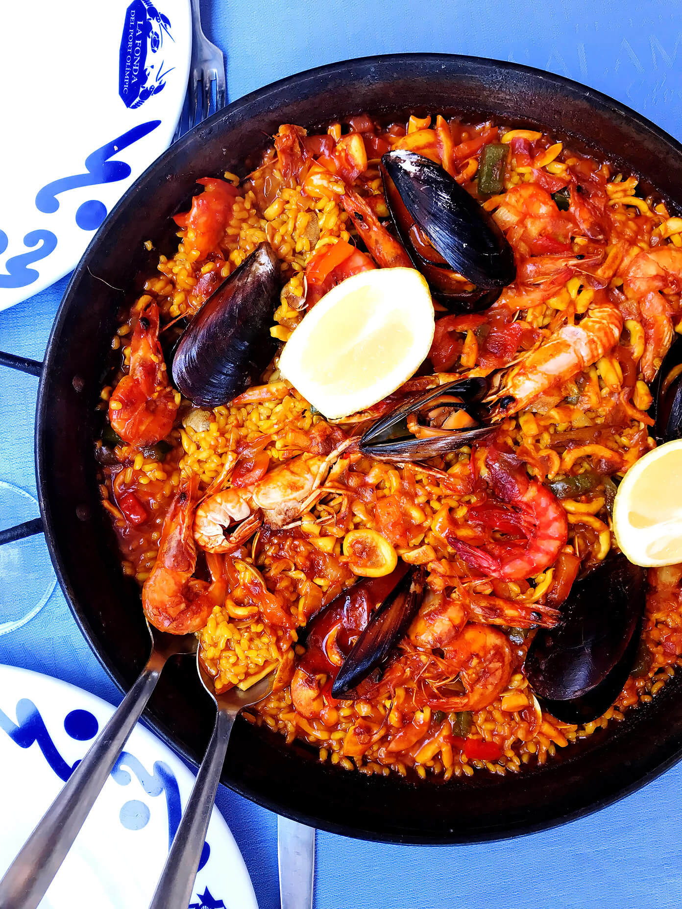 Salamanca paella by the beach | Gimme Some Barcelona Travel Guide