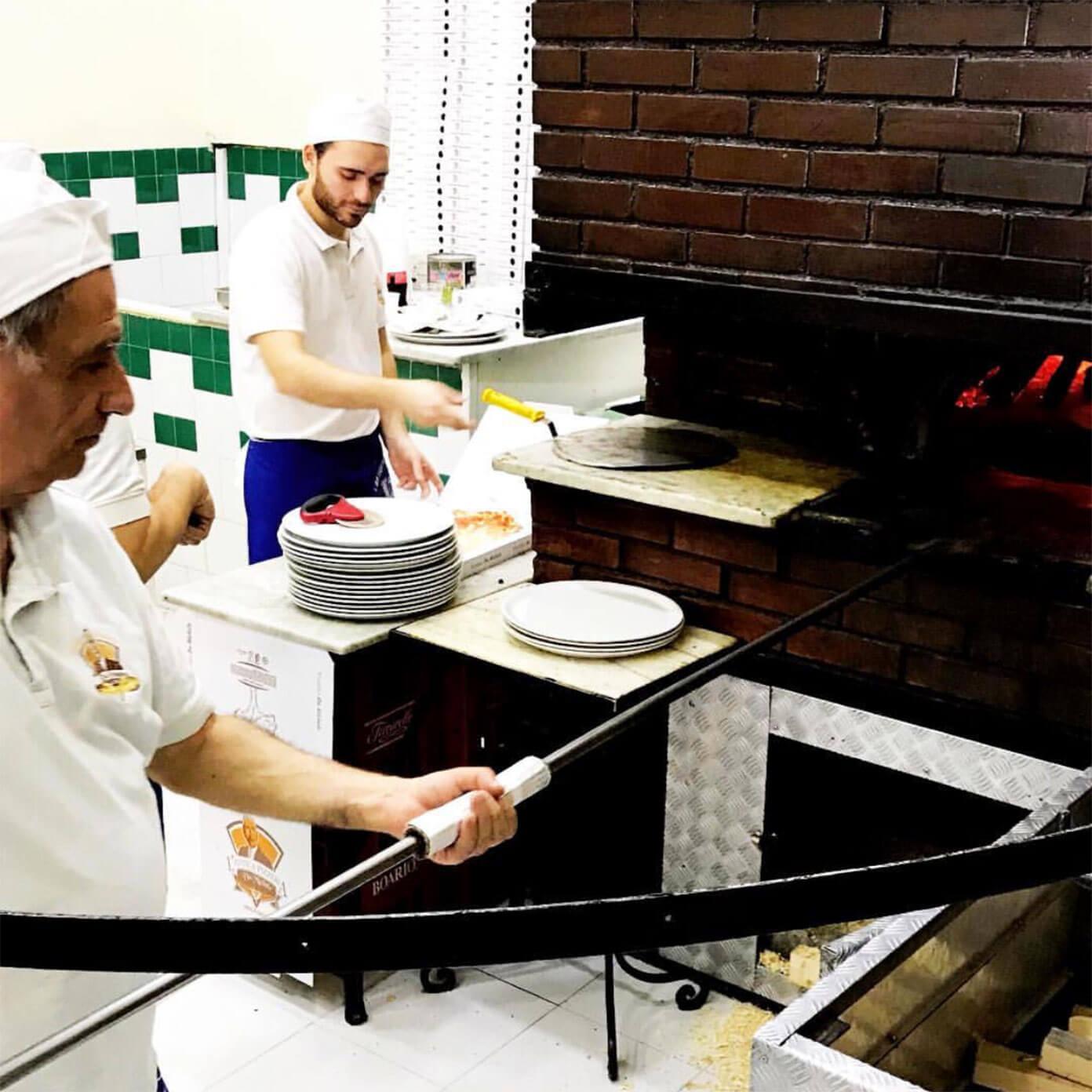 Pizzeria L'Antica da Michele in Naples