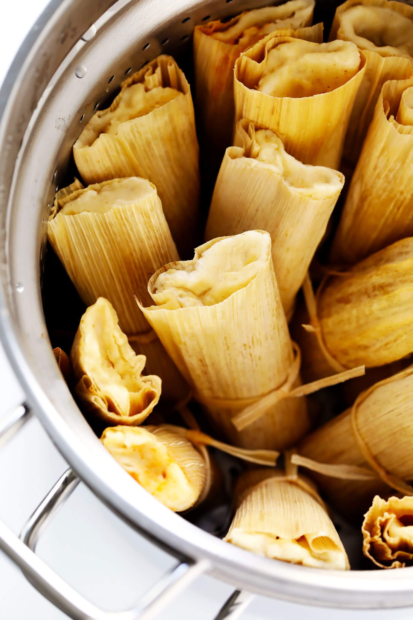 How to make tamales gimme some oven how to steam tamales a step by step tutorial forumfinder Image collections