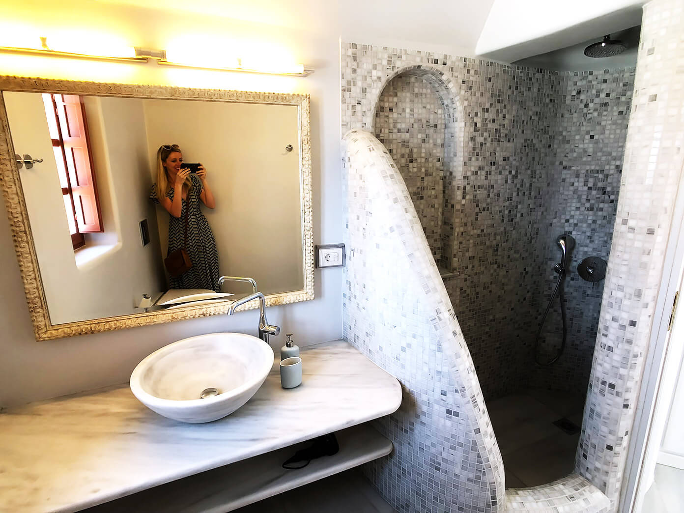 Hotel Bathroom in Oia Mare Villas | Santorini, Greece