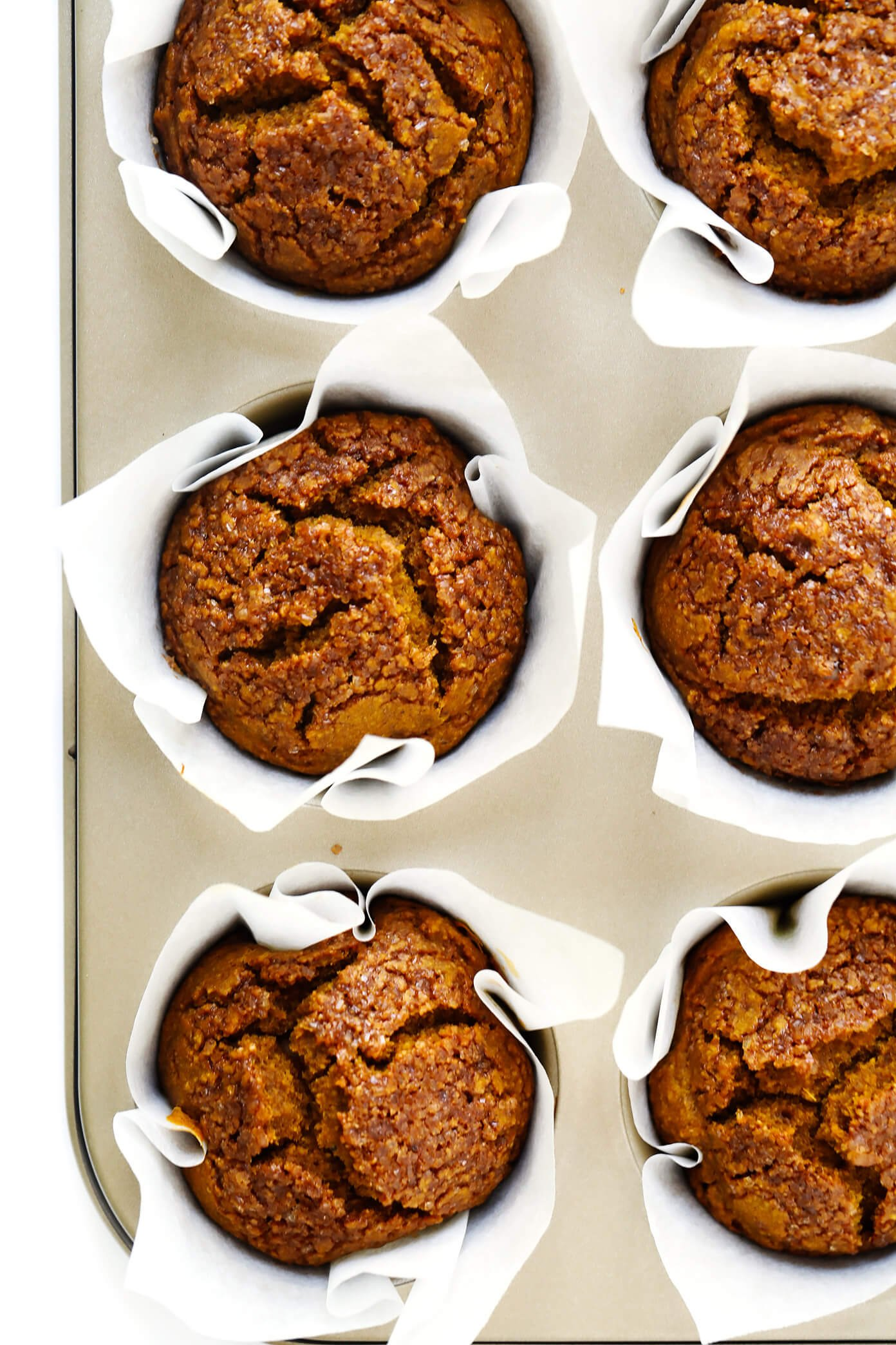 The BEST Healthy Pumpkin Muffins