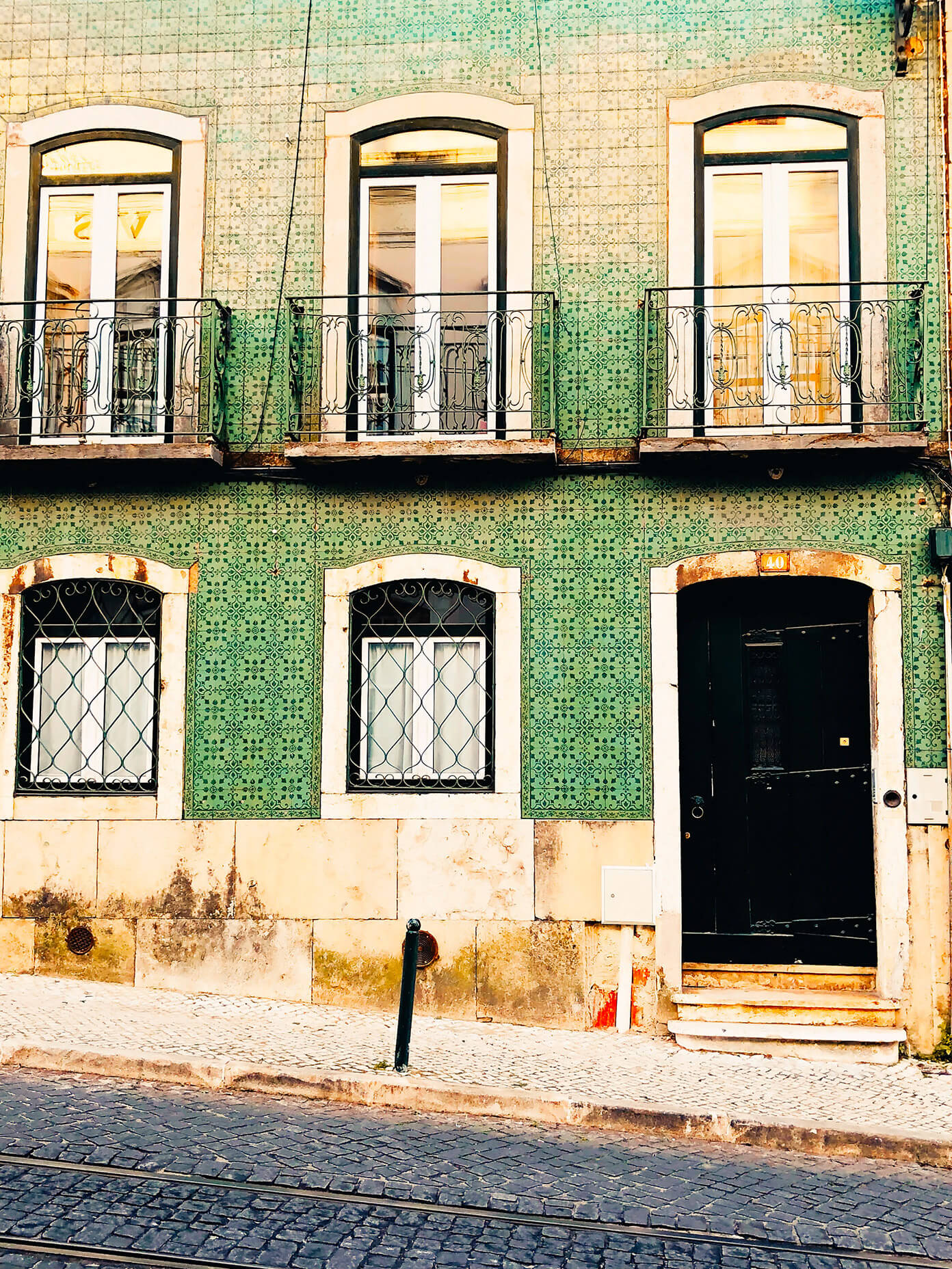 Green tile in Lisbon