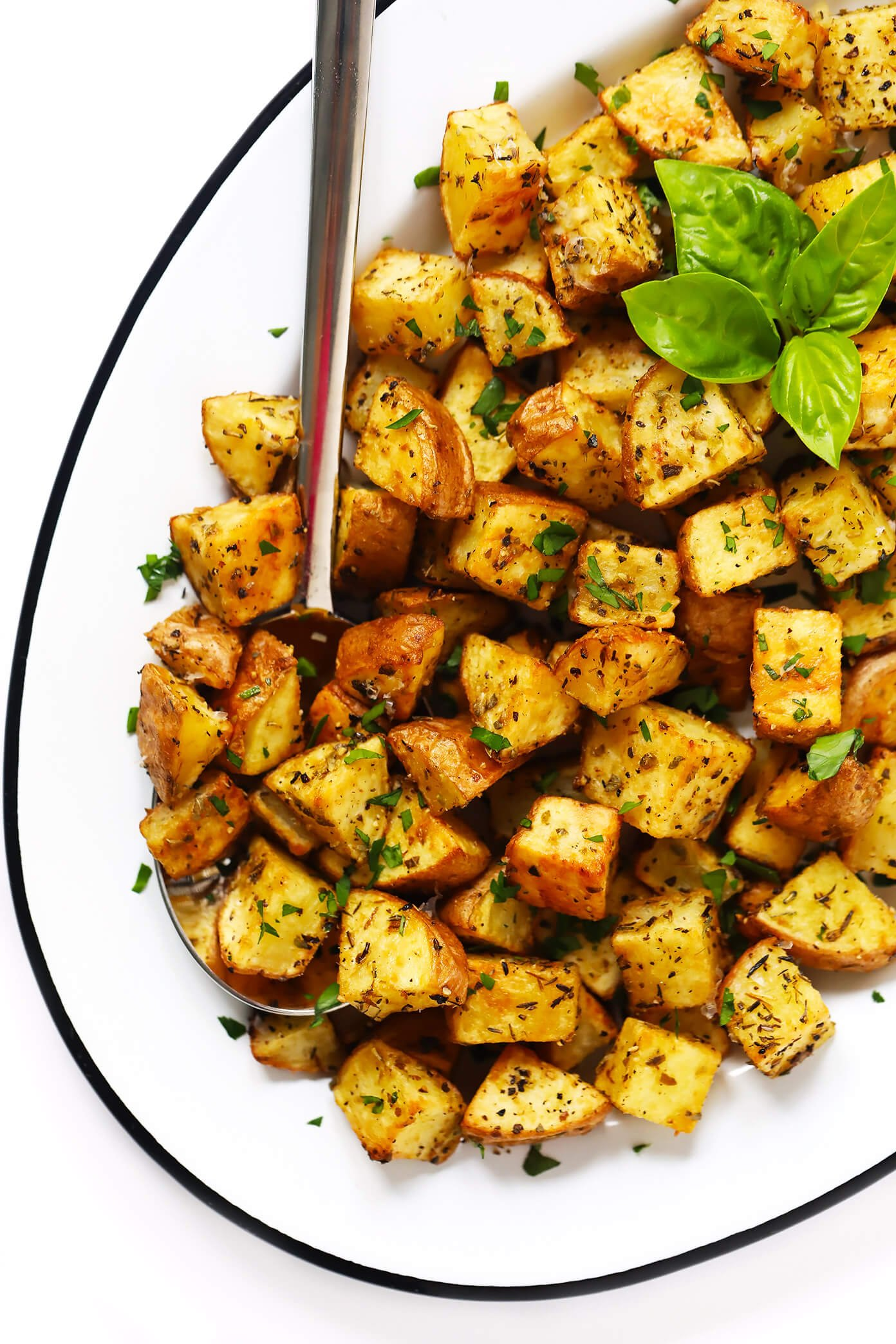 Garlic Crispy Roasted Potatoes Recipe