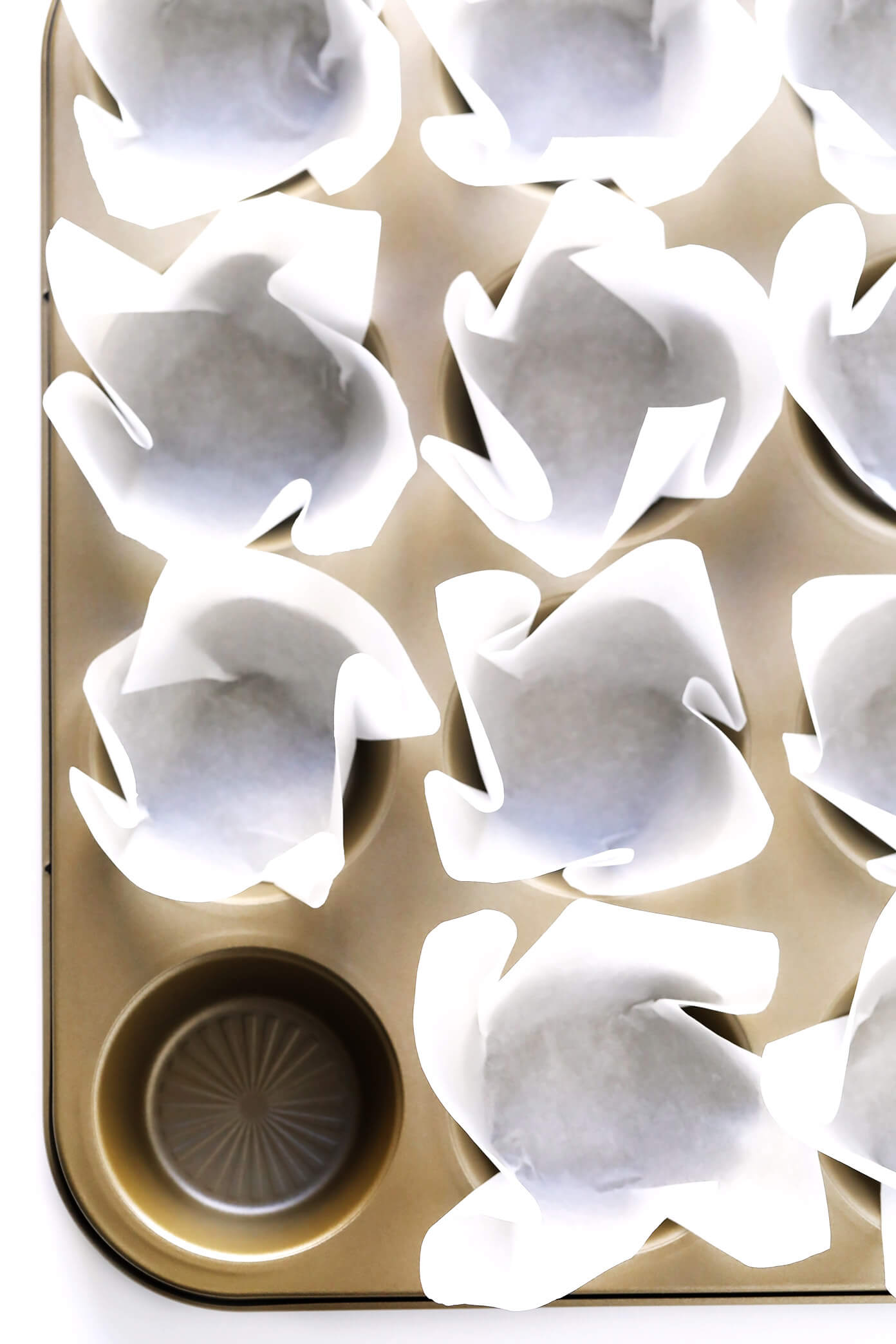 How To Make Cupcake Liners With Parchment Paper