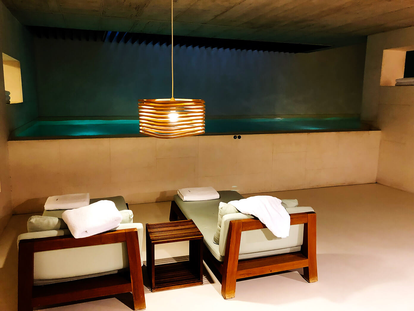 Alma Hotel Barcelona Spa Pool