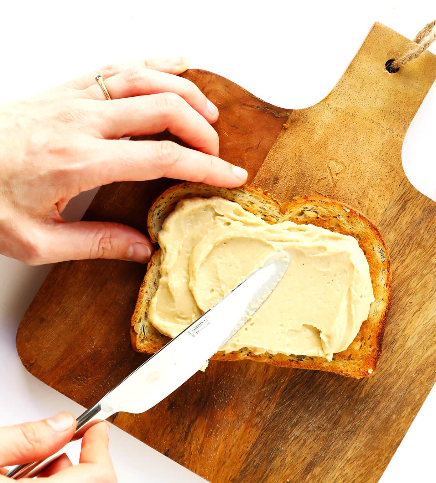 How To Make Hummus Toast