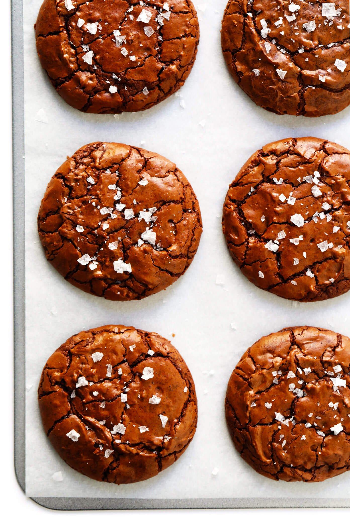 Galletas saladas de brownie de chocolate