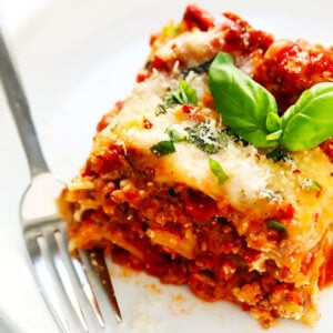 The BEST Lasagna Recipe