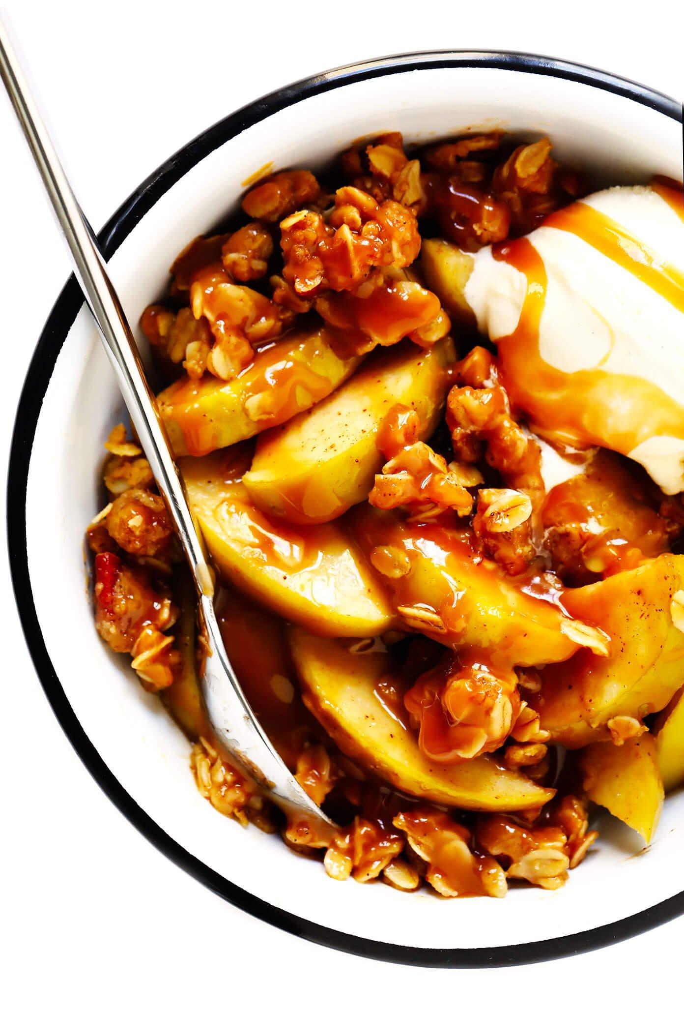 Easy Apple Crisp with Oatmeal