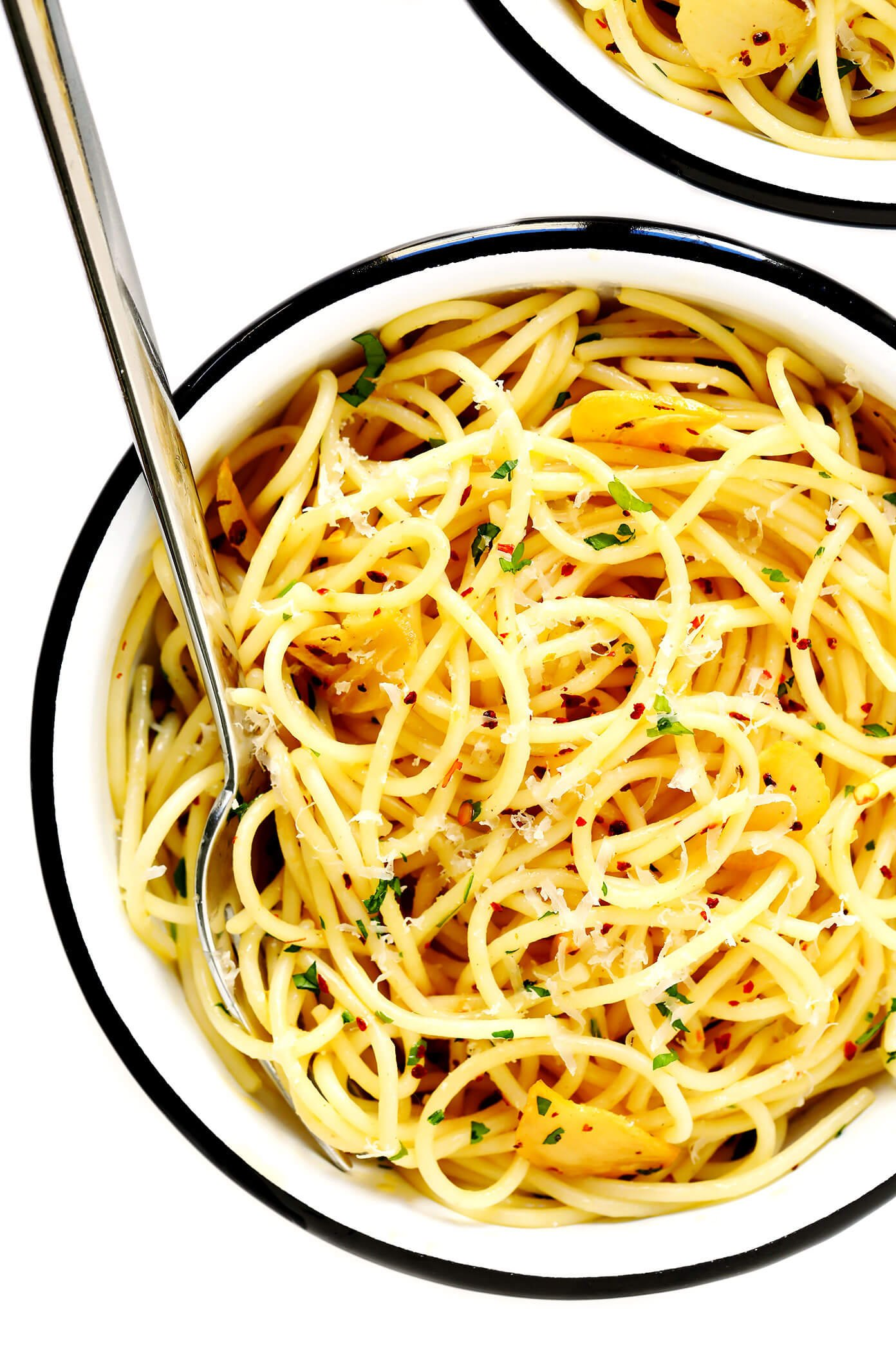 Spaghetti Aglio e Olio Recipe (Olive Oil and Garlic Sauce) Favorite Family Recipes