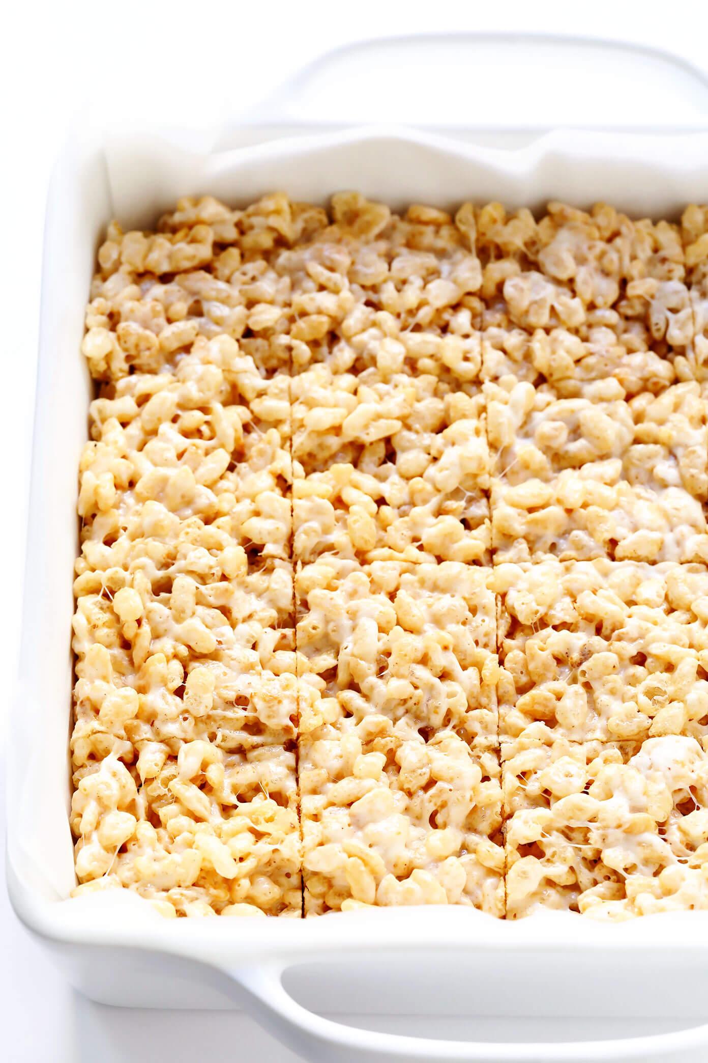 Rice Krispie trata barras em assadeira