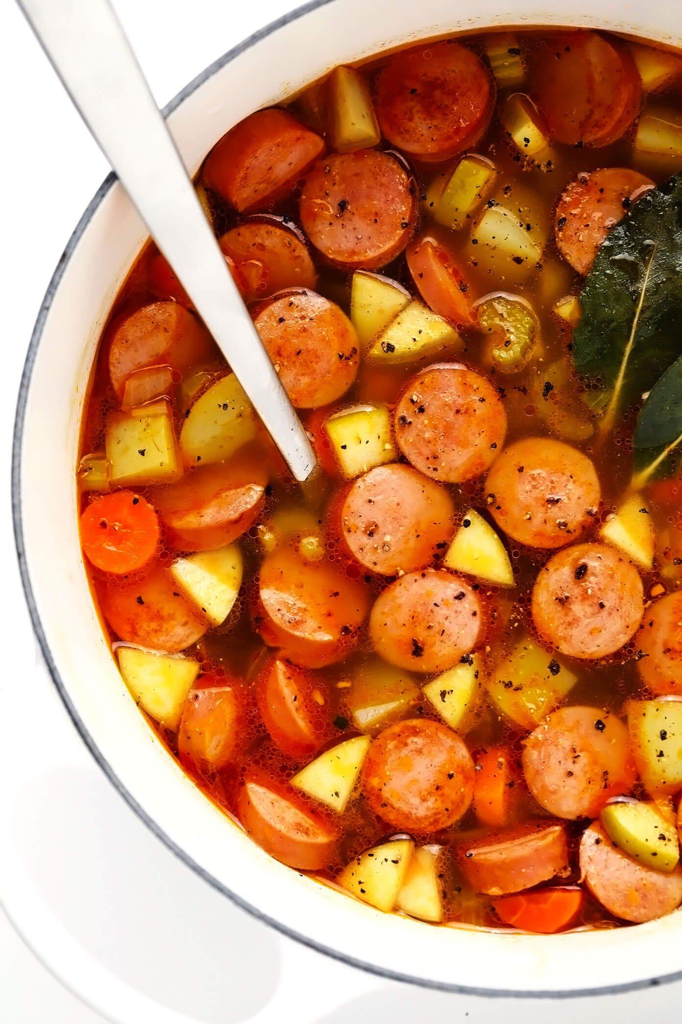 Sopa de Linguiça Defumada, Batata e Maçã sem Creme