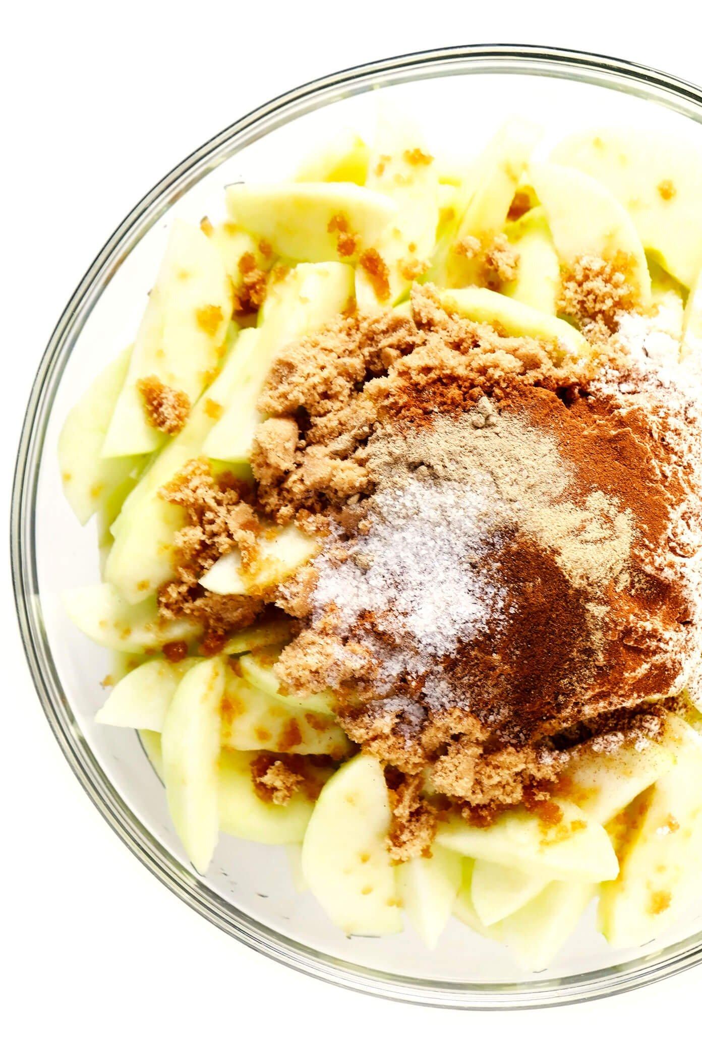 Apple Pie Filling Ingredients In Bowl