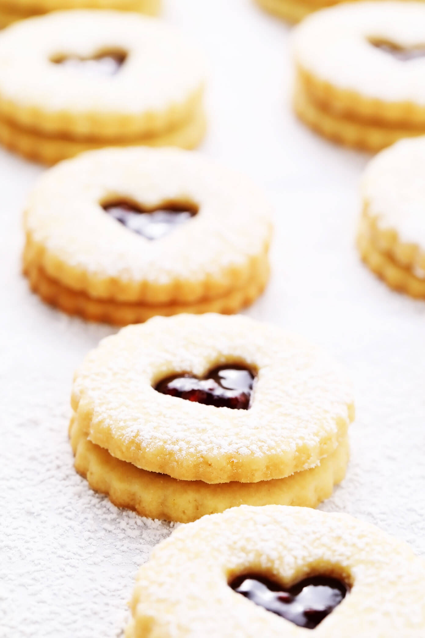 Linzer Cookies with Hearts (for Valentines Day)