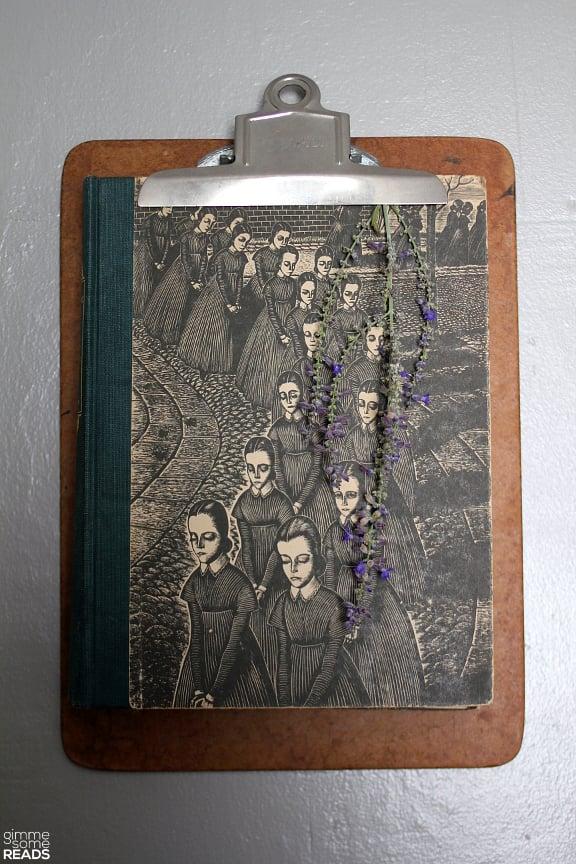 Jane Eyre by Charlotte Brontë | © 1943 Random House