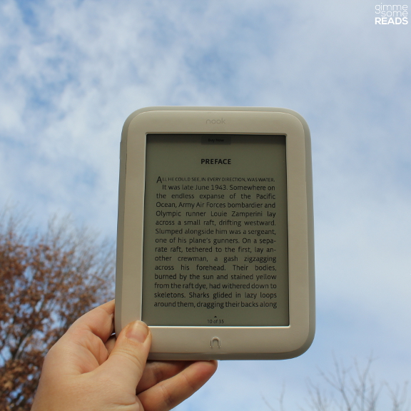 NOOK GlowLight Giveaway | gimmesomereads.com
