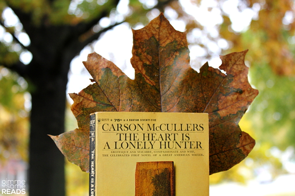 The Heart is a Lonely Hunter by Carson McCullers | gimmesomereads.com
