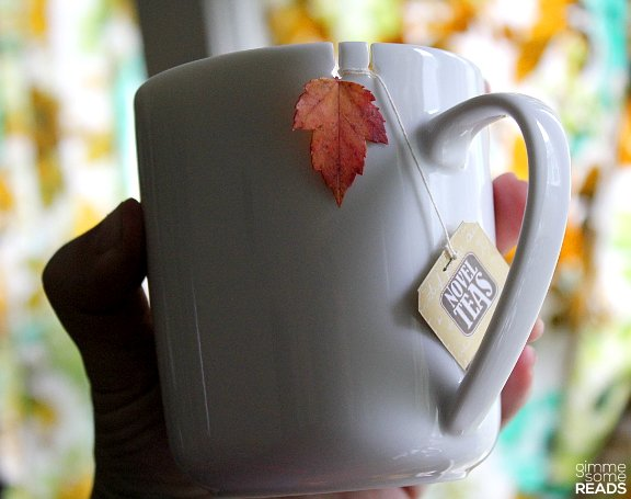 Tie Tea Mug & Novel Teas | gimmesomereads.com