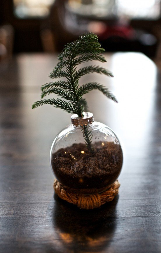 diy christmas ornament vase