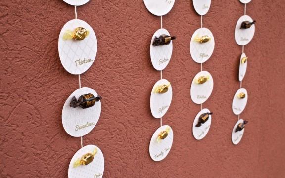 {DIY} Advent Calendar (FREE Template!) | www.gimmesomestyleblog.com #DIY #calendar #advent #christmas #holiday
