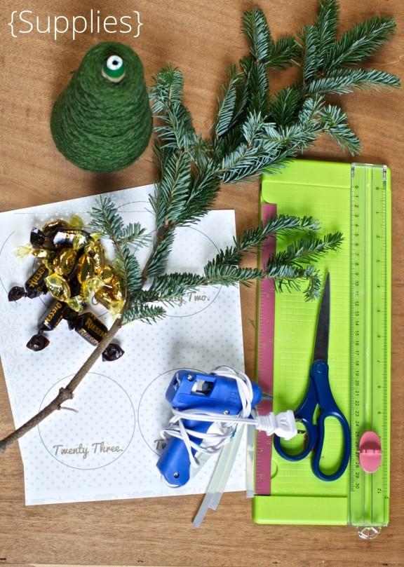 {DIY Advent Calendar} | www.gimmesomestyleblog.com #DIY #advent #calendar #christmas