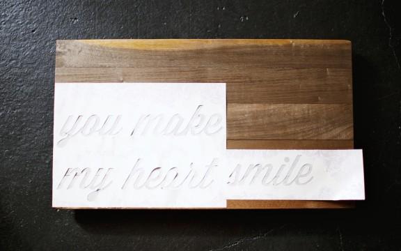 Easy tutorial on making a wood text art | www.gimmesomestyleblog.com