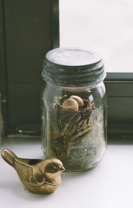 Easter Mason Jar | www.gimmesomestyleblog.com #masonjar #easter #diy