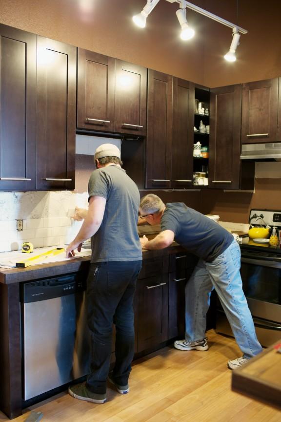Kitchen Renovation Part 4-Tile! | www.gimmesometyleblog.com