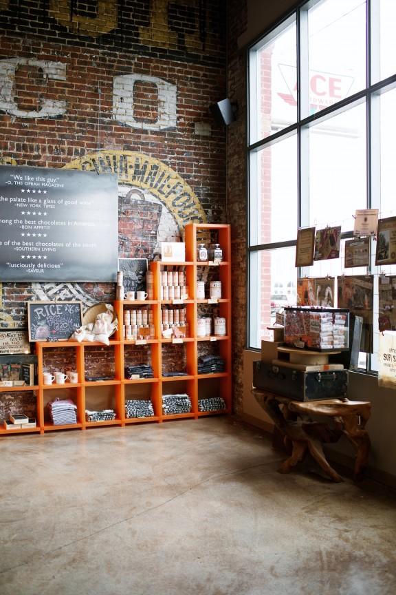 Askinosie Chocolate | www.gimmesomestyleblog.com #askinosie #chocolate