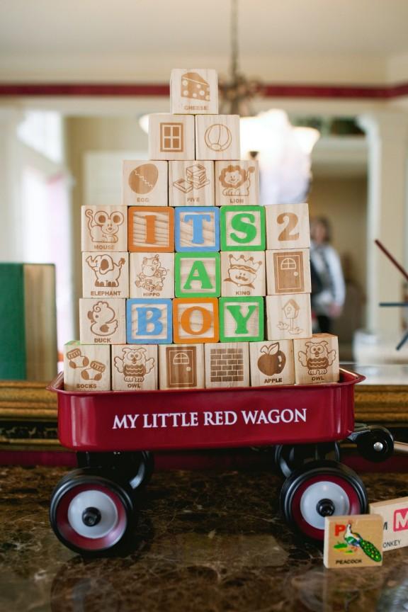 Vintage Toy Baby Shower | www.gimmesomestyleblog.com #babyshower #baby #vintage