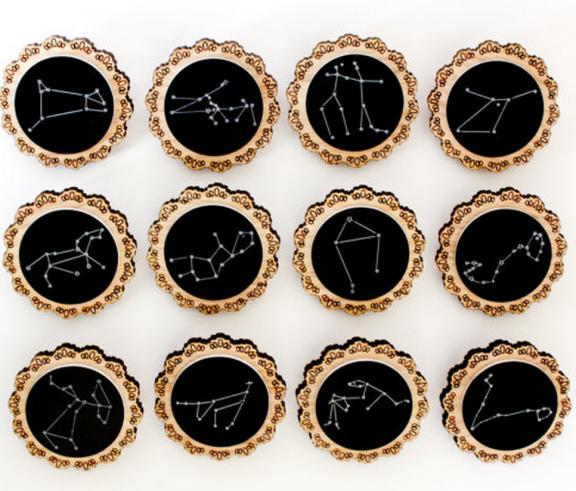 Constellation Brooches by Shadeofabonsai | www.gimmesomestyleblog.com #wear #ff #fridayfavorites